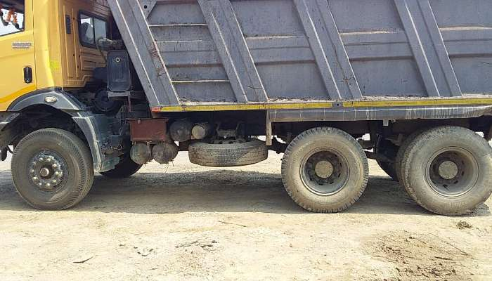 used mahindra dumper tipper in gorakhpur uttar pradesh dumper for sale he 1783 1589782111.webp