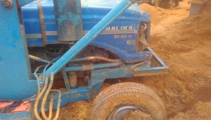used sonalika tractor in bharuch gujarat used tractor loader for sale in gujarat  he 1640 1561349959.webp