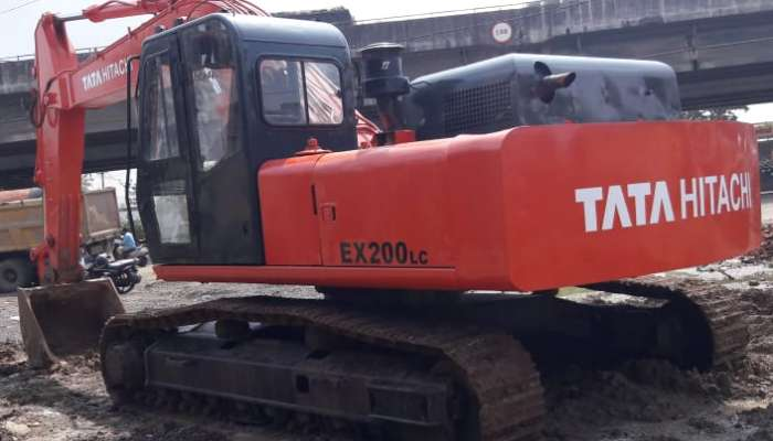 used tata hitachi excavator in surat gujarat used tata hitachi ex200  he 1695 1570014241.webp