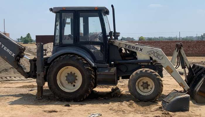 used terex backhoe loader in faridkot punjab used terex backhoe loader for sale he 1587 1558158901.webp