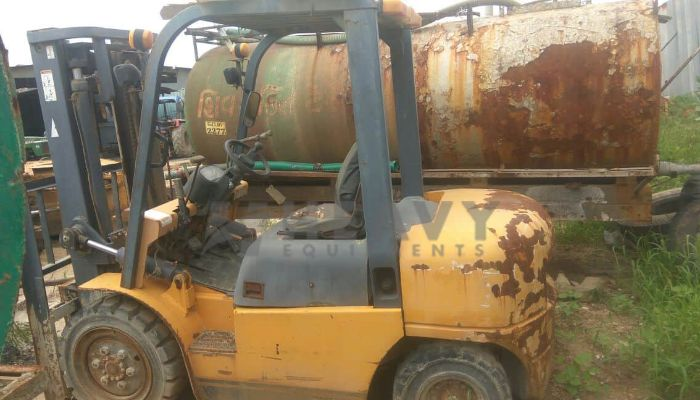 used ace forklift in sanand gujarat used ace forklift 2012 model  he 2012 390 heavyequipments_1522675021.png