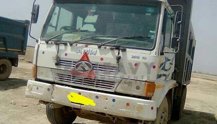 used amw dumper tipper in kanpur uttar pradesh amw 2518 he 2015 152 heavyequipments_1518240564.png