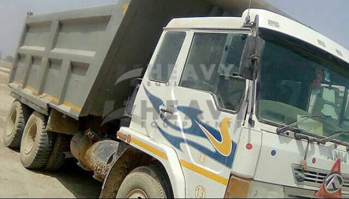 used amw dumper tipper in kanpur uttar pradesh amw 2518 he 2015 152 heavyequipments_1518240586.png