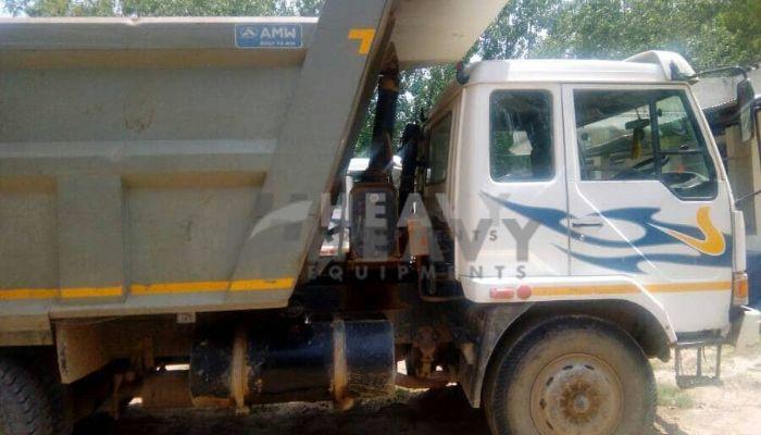 used amw dumper tipper in kanpur uttar pradesh amw 2518 he 2015 152 heavyequipments_1518240589.png