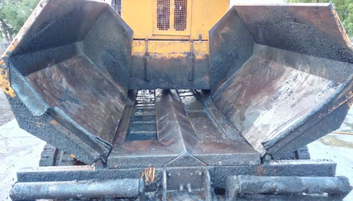 used apollo paver in ahmedabad gujarat used apollo paver for sale he 2013 640 heavyequipments_1529474048.png