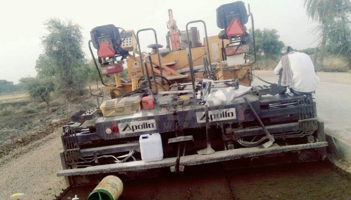 used apollo paver in pathankot punjab ap550 paver he 2012 153 heavyequipments_1518240789.png