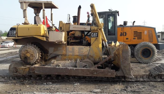 used caterpillar dozer in bharuch gujarat cat d6h dozer he 1996 1081 heavyequipments_1536746895.png