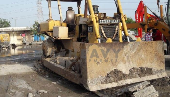 used caterpillar dozer in bharuch gujarat cat d6h dozer he 1996 1081 heavyequipments_1536746933.png