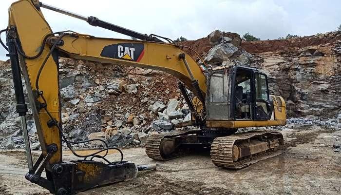 Used 320D2 Excavator