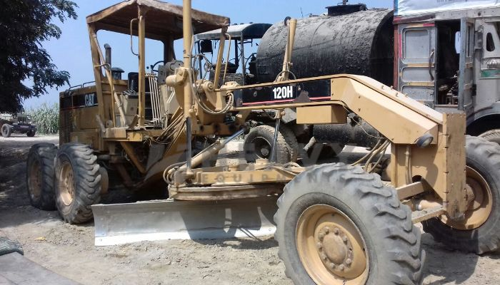 used caterpillar motor grader in kanpur uttar pradesh cat 120h grader he 2005 1149 heavyequipments_1539080660.png