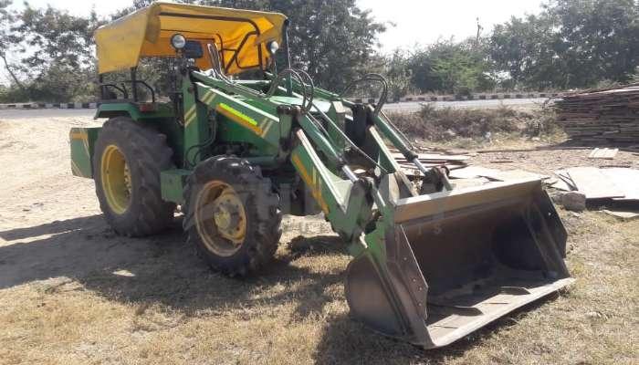 used deere tractor in surat gujarat 5055e tractor with loader he 2013 1373 heavyequipments_1548755922.png