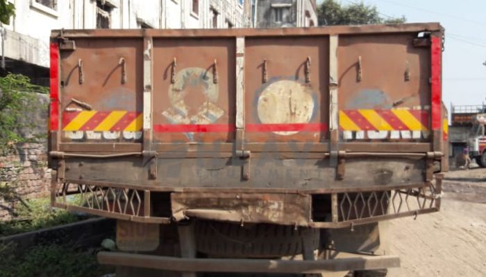 Used Eicher Truck