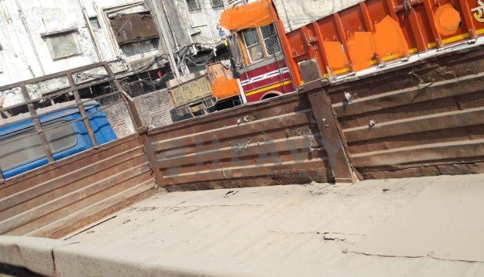 used eicher trucks in bharuch gujarat eicher truck for sale he 2005 1239 heavyequipments_1543560714.png