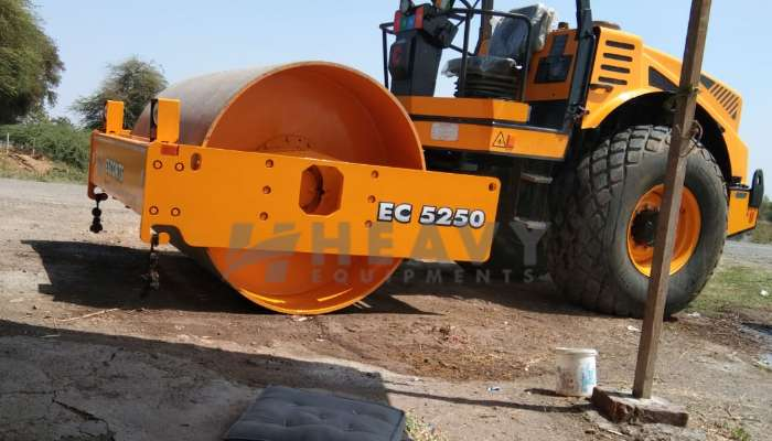 used escort soil compactor in bharuch gujarat escort 5250 roller for sale he 2014 1464 heavyequipments_1551963702.png