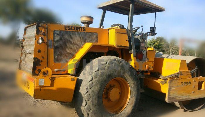 used escort soil compactor in jaipur rajasthan escort 5250 roller he 2010 1112 heavyequipments_1537875095.png