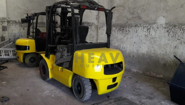 Used Godrej 3 Ton Forklift