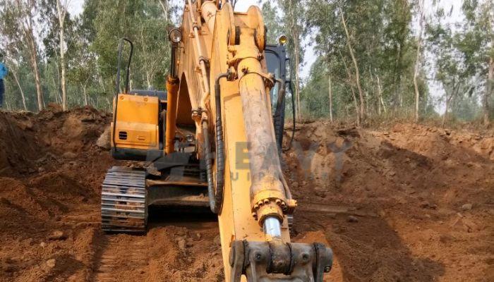 Hyundai 210 Excavator For Sale