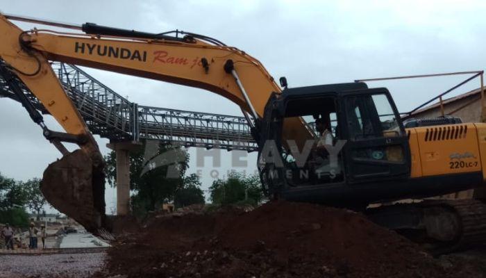 used hyundai excavator in indore madhya pradesh used hyundai excavator he 2017 1061 heavyequipments_1536305782.png