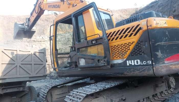 used hyundai excavator in surat gujarat hyundai r140 excavator for sale he 2014 1460 heavyequipments_1551936918.png