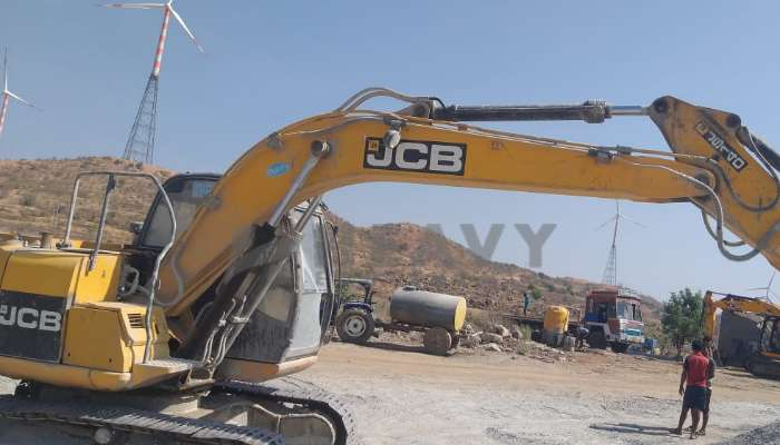 JCB JS140 For Sale