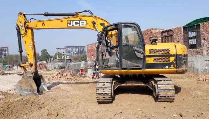 JCB JS140 Excavator for sale