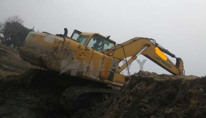 used komatsu excavator in agra uttar pradesh pc200 excavator for sale he 2007 1429 heavyequipments_1550903917.png