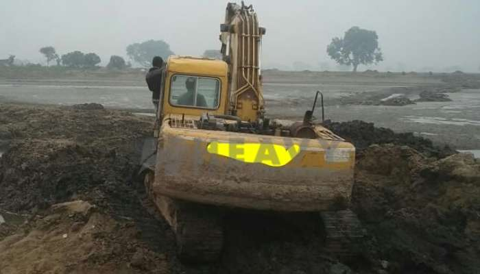 used komatsu excavator in agra uttar pradesh pc200 excavator for sale he 2007 1429 heavyequipments_1550903927.png
