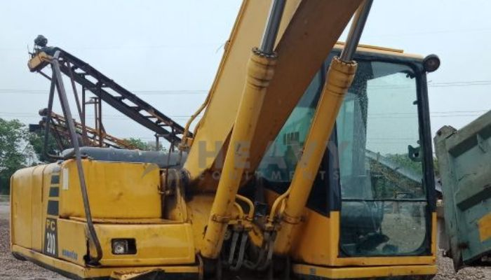 Used PC200 Excavator