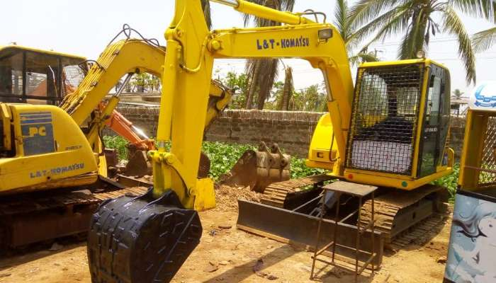 Komatsu PC 71 Excavator
