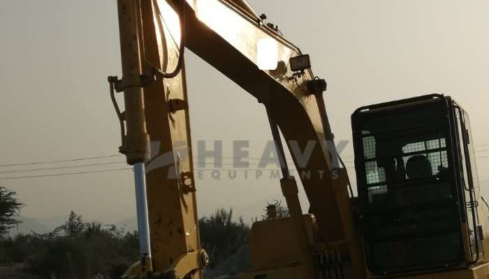used komatsu excavator in itarsi madhya pradesh used pc130 excavator for sale he 2018 1354 heavyequipments_1548150107.png