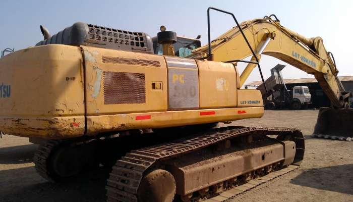 Used PC 300 Excavator at best price