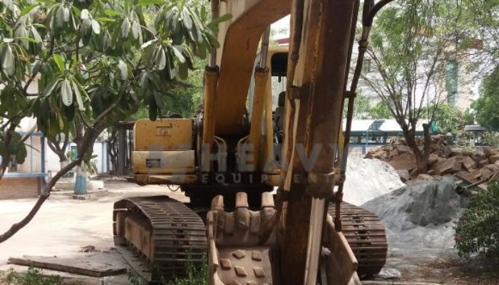 used komatsu excavator in new delhi delhi used komatsu pc200 excavator for sale he 2009 851 heavyequipments_1532150129.png