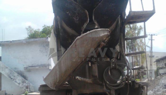 used kyb transit mixer in surat gujarat mahindra tranist mixer he 2015 1138 heavyequipments_1538461579.png