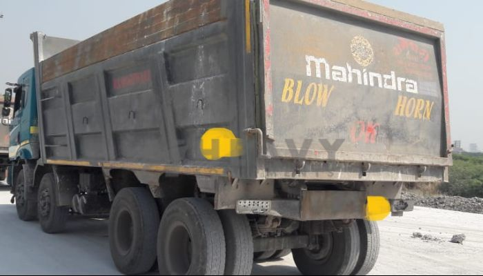used mahindra dumper tipper in chikhli gujarat mahindra dump truck for sale he 2018 1213 heavyequipments_1542257819.png