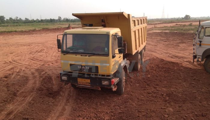 used man dumper tipper in chanddigarh chandigarh used man tipper for sale he 2014 804 heavyequipments_1531310301.png