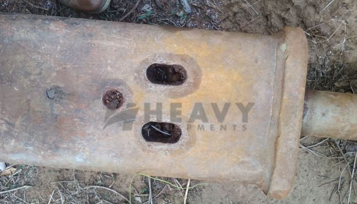 used rhino breaker rock breaker in raipur chhattisgarh rock breaker  he 2014 565 heavyequipments_1527596974.png