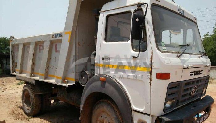 used tata dumper tipper in agra uttar pradesh used tata dumper 1613 truck  he 2015 59 heavyequipments_1517547269.png