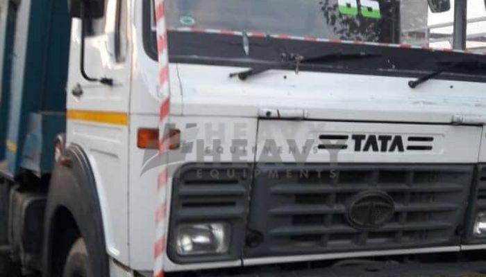 used tata dumper tipper in charkhi dadri haryana used tata hyva 2518 sale in india he 2015 38 heavyequipments_1517487339.png