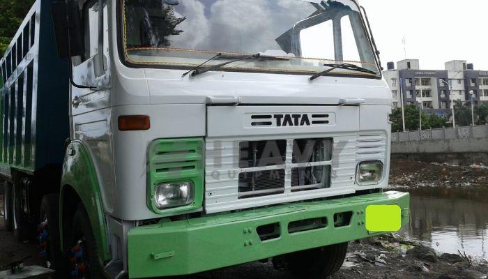 TATA 3118 12 Tyre Tipper
