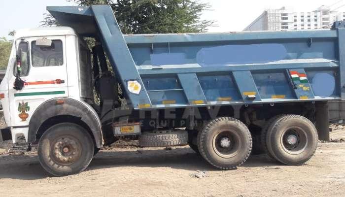 used tata dumper tipper in vapi gujarat tata dumper tipper 2518 he 2011 1343 heavyequipments_1547792555.png