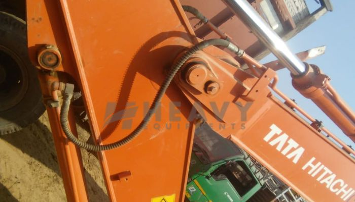 used ZAXIS 220 LC Price used tata hitachi excavator in bharatpur rajasthan used 20ton excavator for sale he 2015 840 heavyequipments_1531907208.png