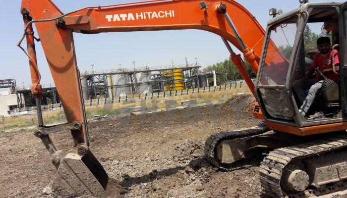 used tata hitachi excavator in bharuch gujarat ex 110 he 2011 520 heavyequipments_1526561913.png