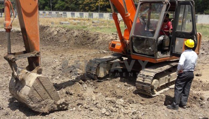 used tata hitachi excavator in bharuch gujarat ex 110 he 2011 520 heavyequipments_1526561924.png