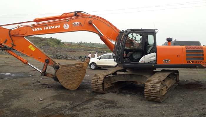 TATA HItachi 370 For Sale