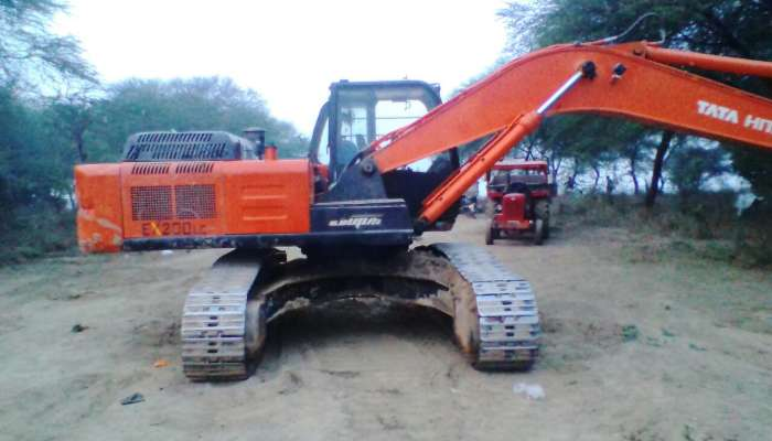 Used TATA Hitachi EX200 in Madhya Pradesh MP
