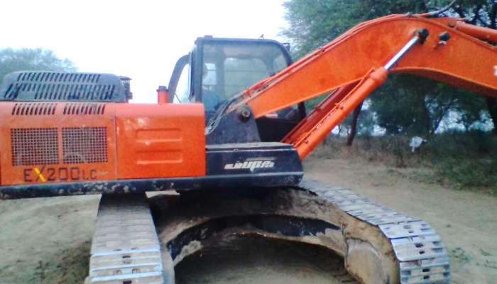 Used TATA Hitachi EX200 in Madhya Pradesh MP