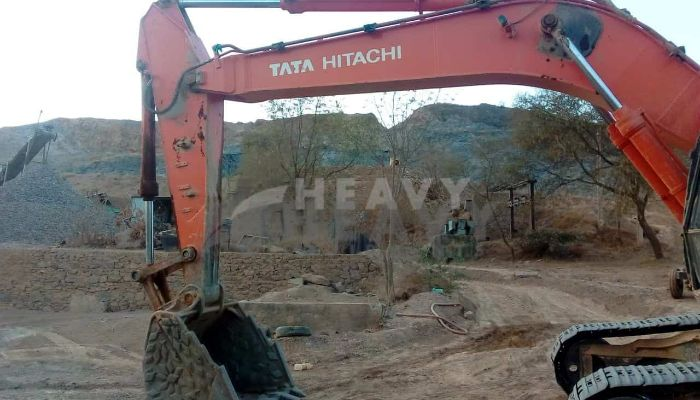 used tata hitachi excavator in jaipur rajasthan tata hitachi super ex200  he 2014 411 heavyequipments_1522666778.png