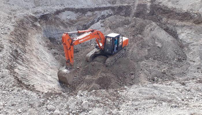 used tata hitachi excavator in latur maharashtra used tata hitachi excavator he 2007 630 heavyequipments_1529122680.png