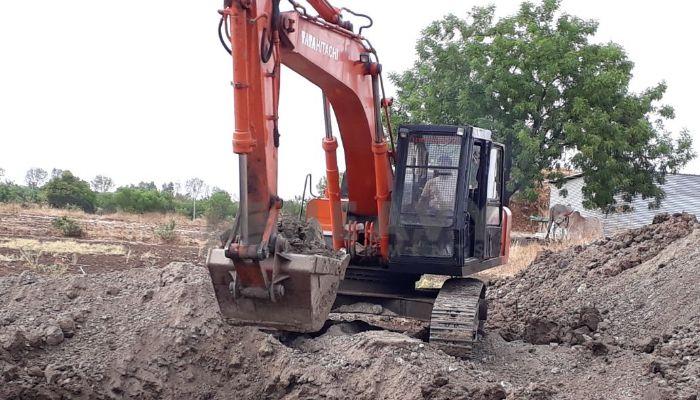 used tata hitachi excavator in latur maharashtra used tata hitachi excavator he 2007 630 heavyequipments_1529122686.png