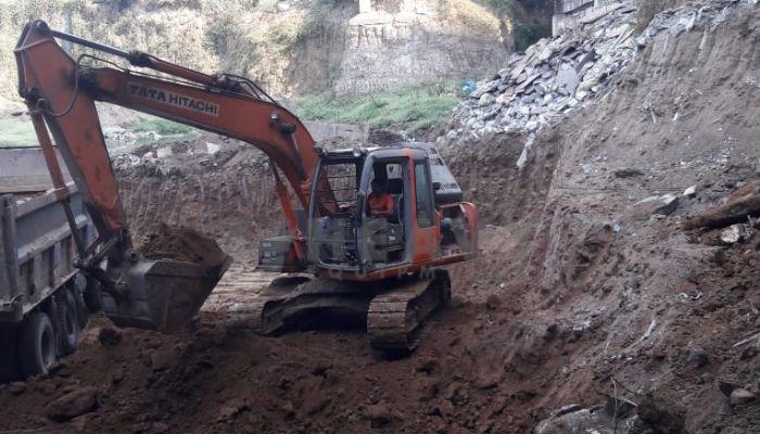 used tata hitachi excavator in surat gujarat tata hitachi zaxis 120 he 2009 1262 heavyequipments_1544613558.png